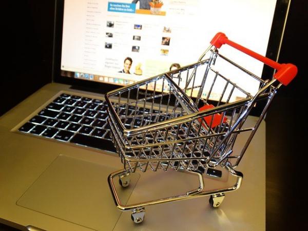 Kaip sukurti elektroninę parduotuvę per 15 minučių